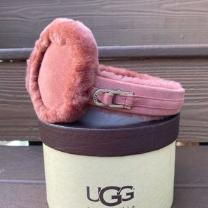 UGG  girls ear muffs